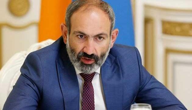 """Paşinyanın """"taxtı"""" laxlayır: Ermənistan seçkiyə gedir"""