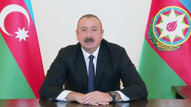 """""""Kasıb Ermənistanda bu qədər silah hardandır, onu kim silahlandırır?""""<b style=""""color:red""""></b>"""