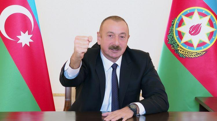 """""""Bir neçə müdafiə xəttinin yarılması bizə növbəti üstünlüklər verir""""<b style=""""color:red""""></b>"""