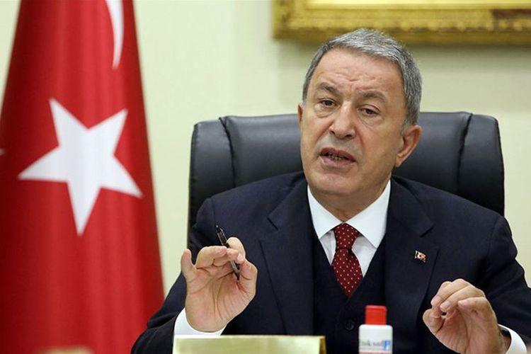 """""""Qətiyyən """"erməni soyqırımı"""" olmayıb"""" - <b style=""""color:red"""">Hulusi Akar</b>"""