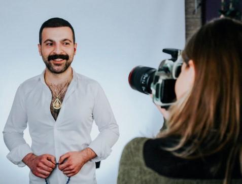 """Reklam sektorunu çaş-baş salan adam - <b style=""""color:red"""">Müsahibə</b>"""
