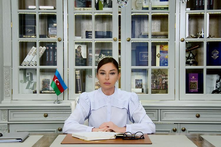 """Mehriban Əliyeva YAP sədrinin I müavini təyin olundu<b style=""""color:red""""></b>"""