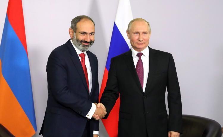 """Kremldə Putinlə Paşinyan arasında görüş keçirilir<b style=""""color:red""""></b>"""