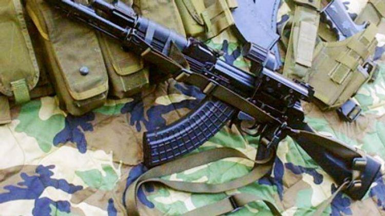 """Bakıda məktəbdən """"AK-74"""" avtomatı oğurlanıb<b style=""""color:red""""></b>"""