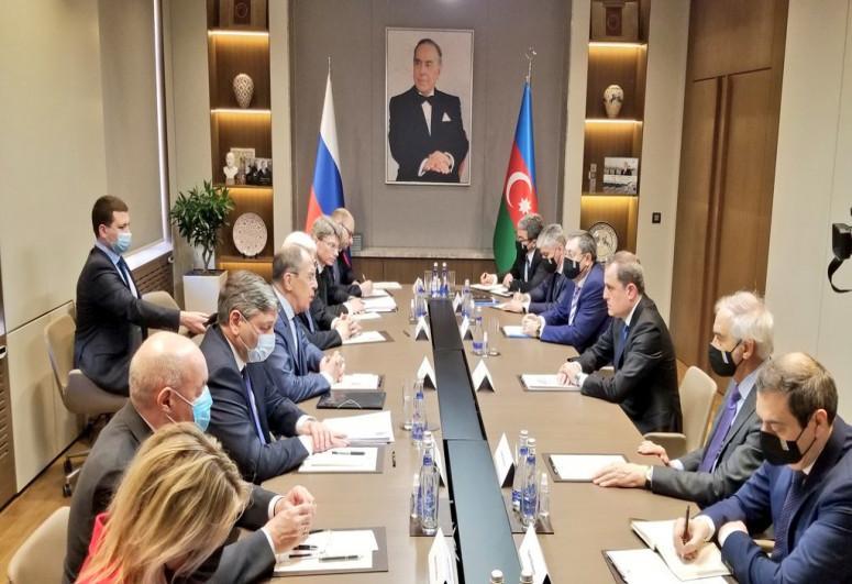 """Ceyhun Bayramov və Lavrov arasında görüş keçirilir - <b style=""""color:red"""">Yenilənib</b>"""