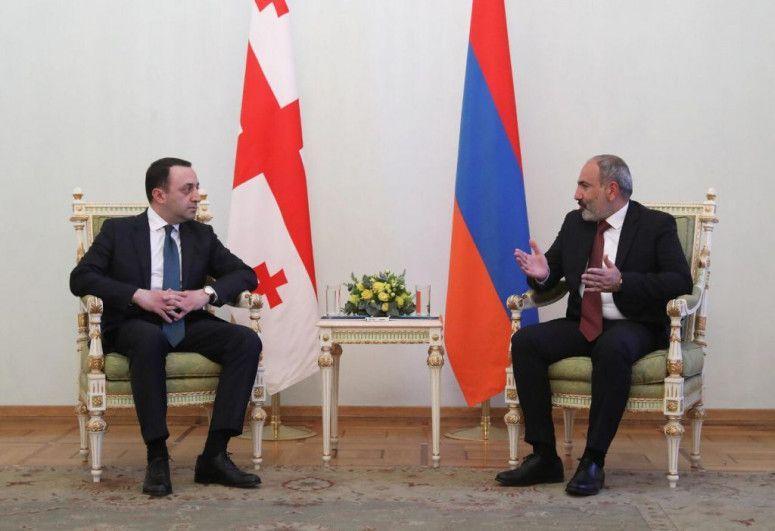 """Gürcüstan Baş naziri Paşinyanla görüşdü<b style=""""color:red""""></b>"""