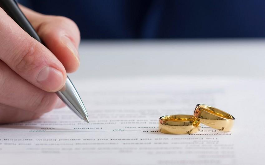 """Bu il bağlanmış nikahların və boşanmaların sayı açıqlanıb<b style=""""color:red""""></b>"""