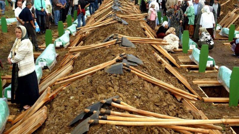 """Niderland Srebrenista qətliamına görə təzminat ödəyəcək<b style=""""color:red""""></b>"""