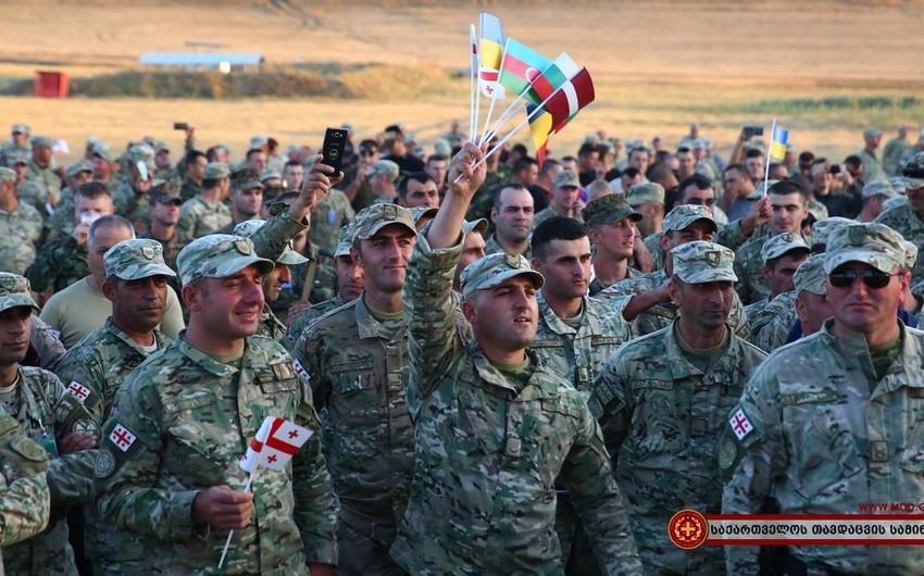 """Azəbaycan hərbçiləri Gürcüstanda NATO təlimlərində iştirak edəcək <b style=""""color:red""""></b>"""