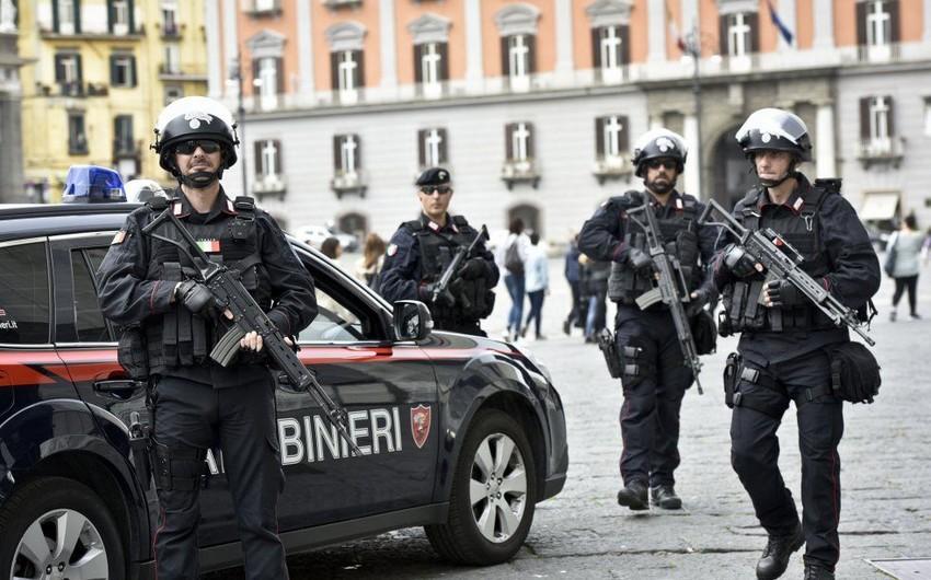 """İtaliyada çimərlikdə atışma olub, 9 nəfər yaralanıb<b style=""""color:red""""></b>"""