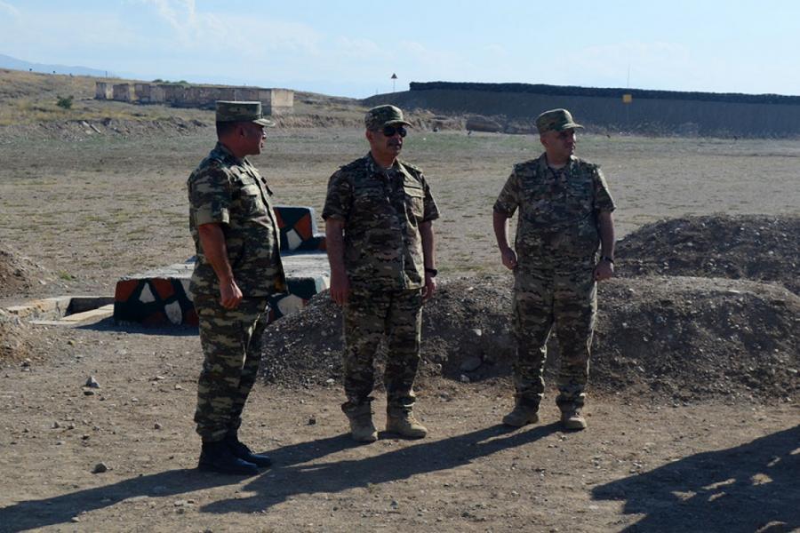 Quru Qoşunları Komandanlığının bir neçə hərbi obyekti istifadəyə verilib - Video