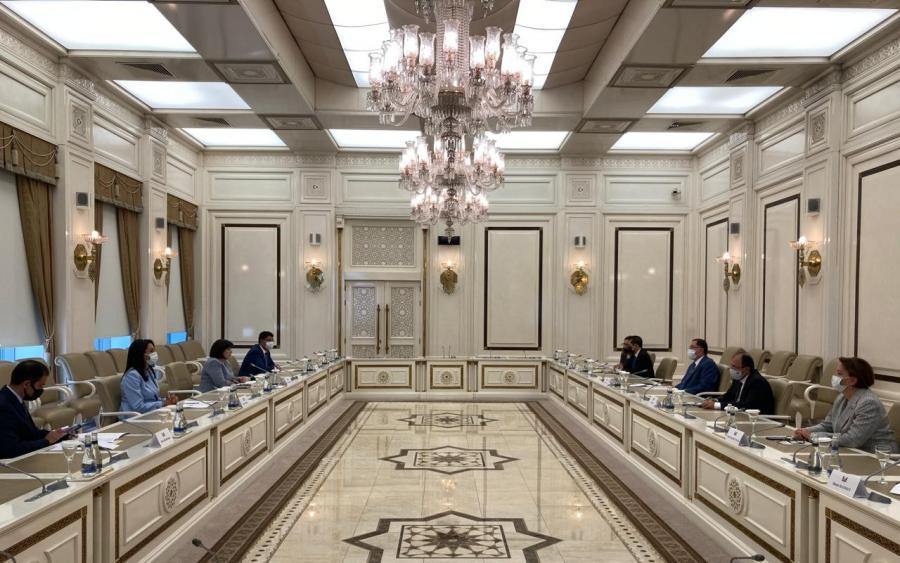 İƏT Ombudsmanlar Assosiasiyasının nümayəndə heyəti Milli Məclisdə olub