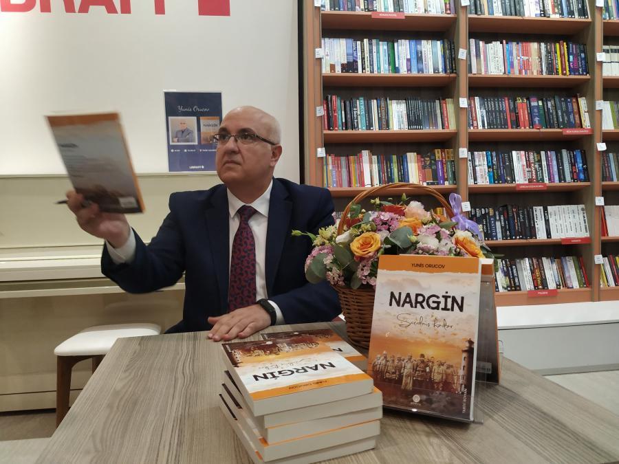 Əməkdar jurnalist Yunis Orucovun kitabının təqdimatı keçirilib