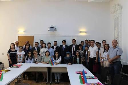 """Parlament Jurnalistləri 700 bal toplayanları bir araya topladı - <b style=""""color:red"""">Fotolar</b>"""