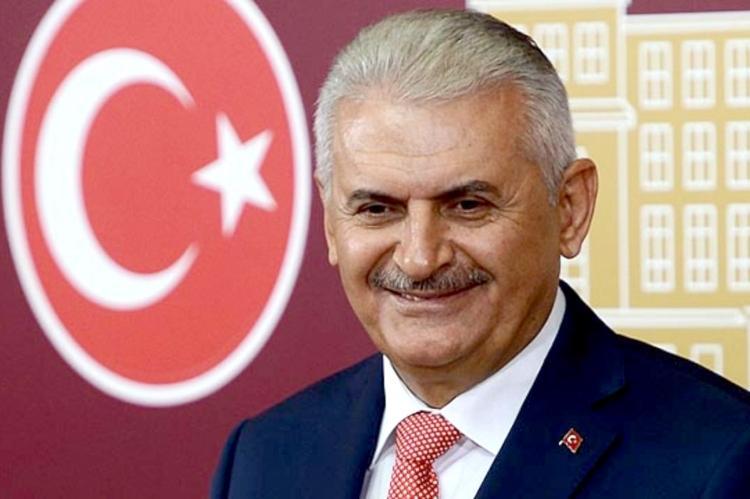 """Binali Yıldırım: """"Türkiyədə hərbi çevrilişə cəhd olub""""<b style=""""color:red""""></b>"""